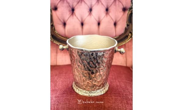 DIDELIS ir masyvus, žalvarinis šampano kibirėlis