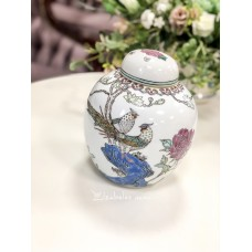 KINIŠKO porceliano vaza su dangčiu