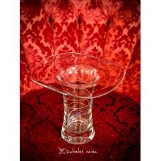 RANKŲ darbo stiklo vaza