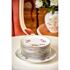 FEIN BAYREUTH balto porceliano lėkščių komplektas 11 + 1