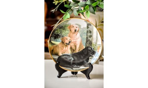 """KOLEKCINĖ, limituoto leidimo porceliano lėkštė """"Canine Companions"""""""