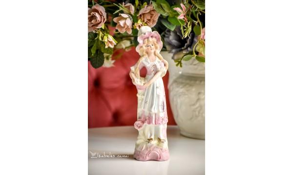 BISKVITINIO porceliano statulėlė