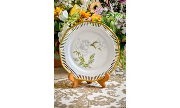 BALTO porceliano ažūrinė lėkštė