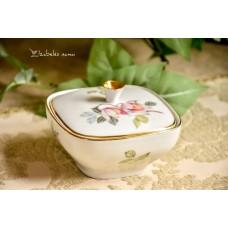 ZEH SCHERZER balto porceliano indelis su dangčiu