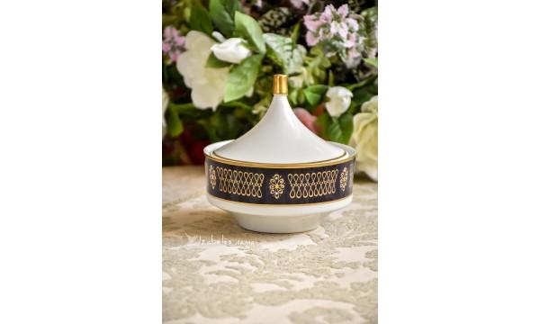 KOBALTU dekoruotas, balto, vokiško porceliano indas su dangčiu