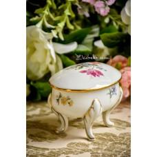 JLMENAU balto porceliano dėžutė