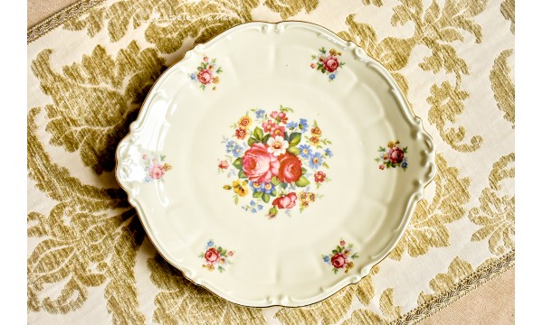 SCHWARZENHAMMER kreminio porceliano padėklas